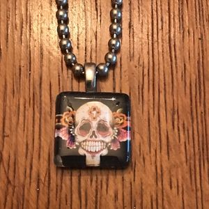 Glass Skull Pendant necklace